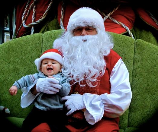 Mon petit renard si heureux de rencontrer le Père Noël!